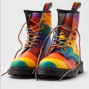 Dr. Martens rainbow boots 1460 PRIDE lgbtq